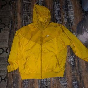 Men's BNWOT Yellow Nike Rain Jacket/ wind breaker